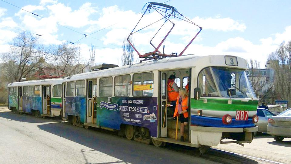 В Самаре запущен трамвай, стилизованный к 75-летию «Крыльев Советов»