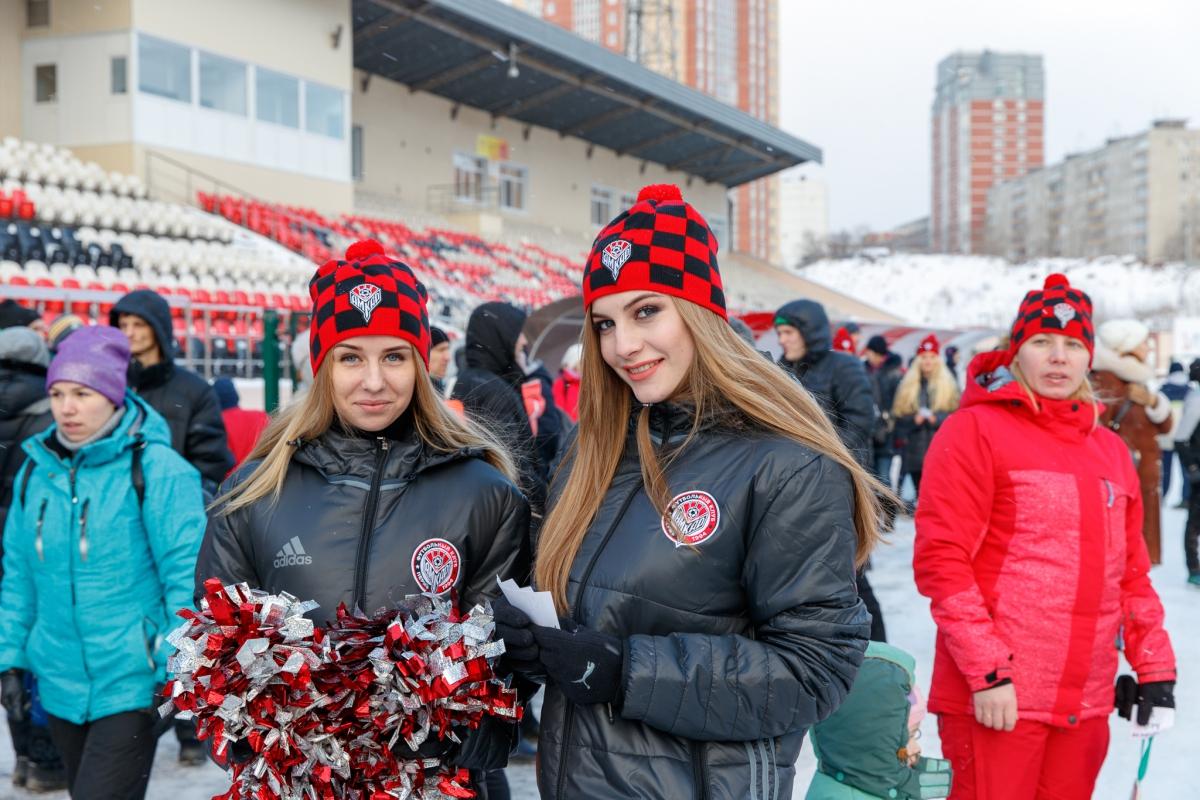 Болельщики отпраздновали Рождество с «Амкаром»