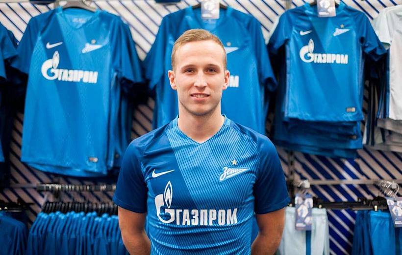 «Зенит» приобрел защитника астраханского «Волгаря»