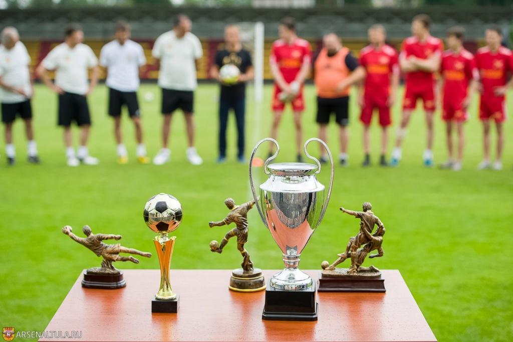 Руководство «Арсенала» сыграло товарищеский матч с болельщиками