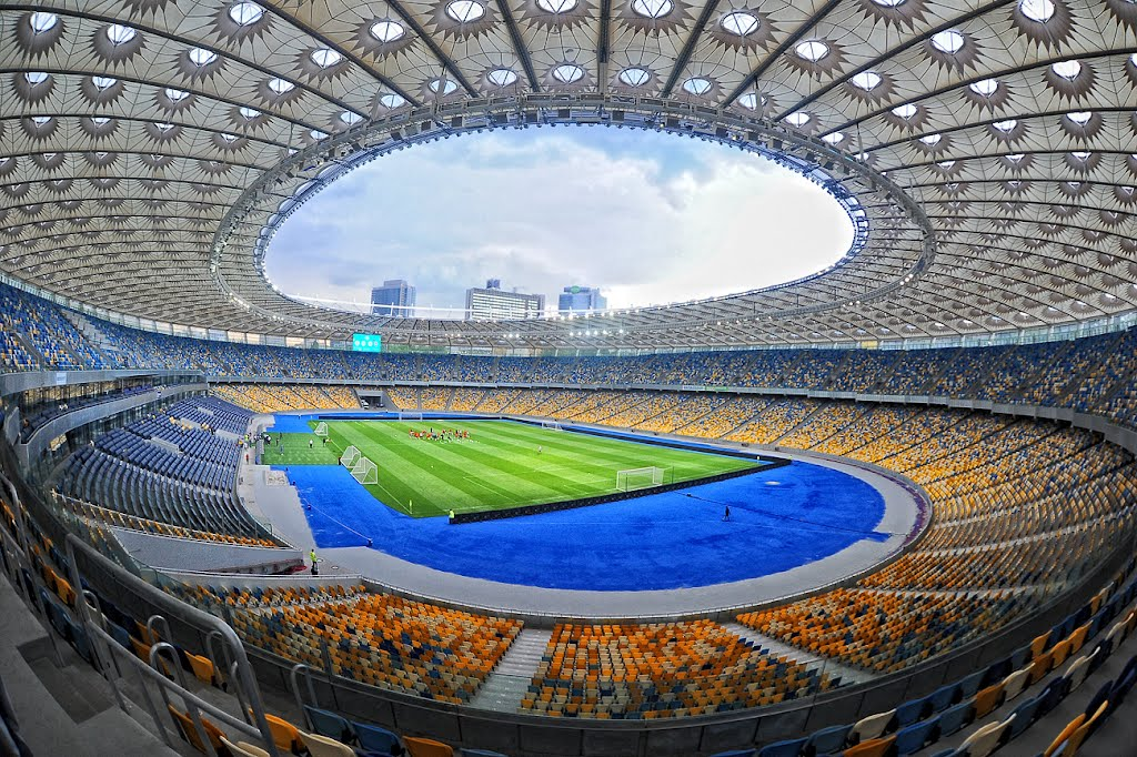 Начинаем готовиться кфиналу Лиги чемпионов вКиеве— Виталий Кличко