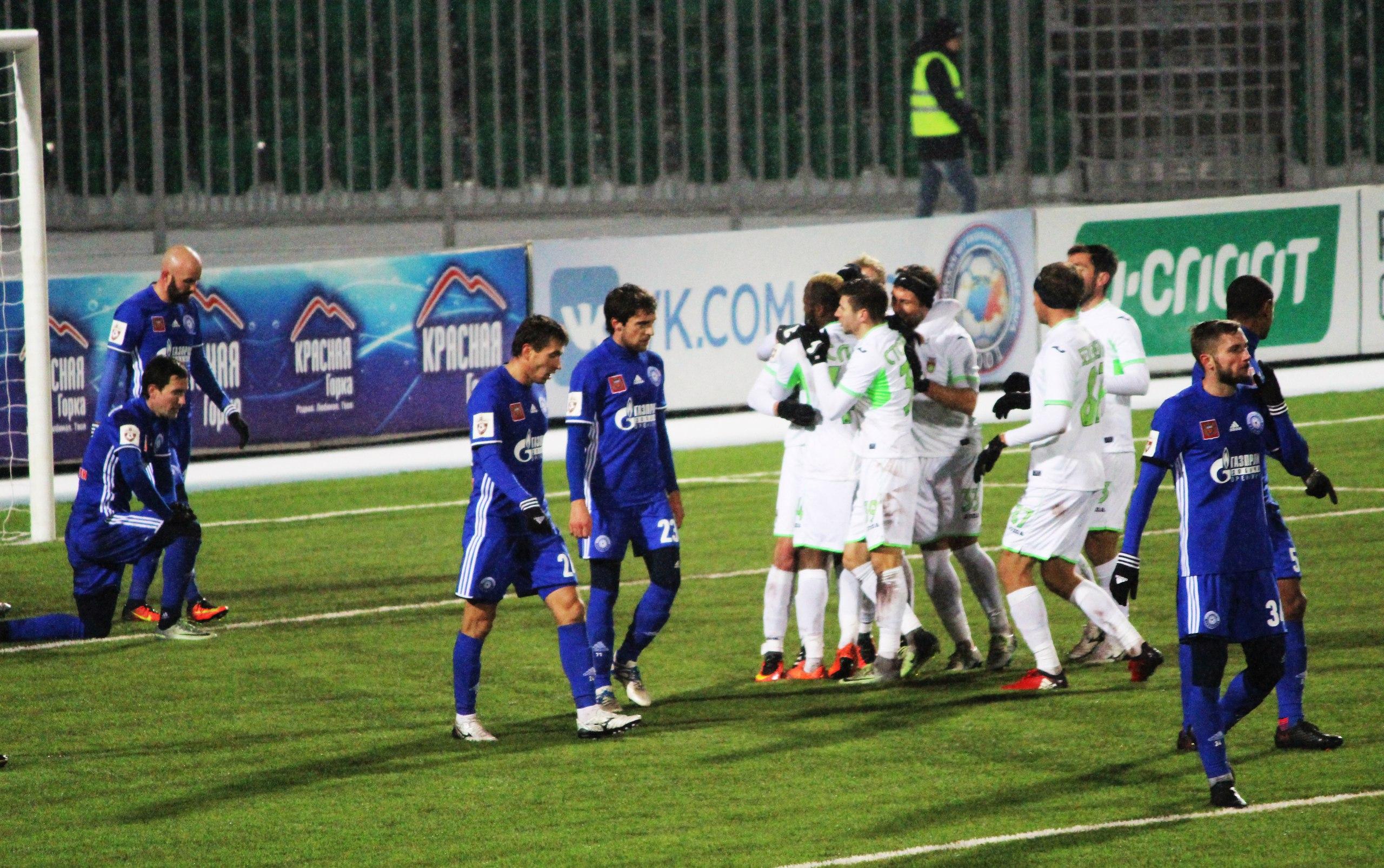 «Уфа» в домашнем матче победила «Оренбург»