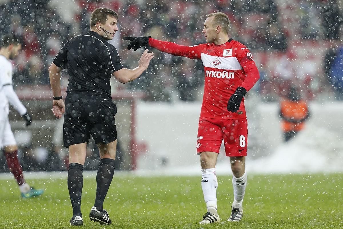 Денис Глушаков, Михаил Вилков